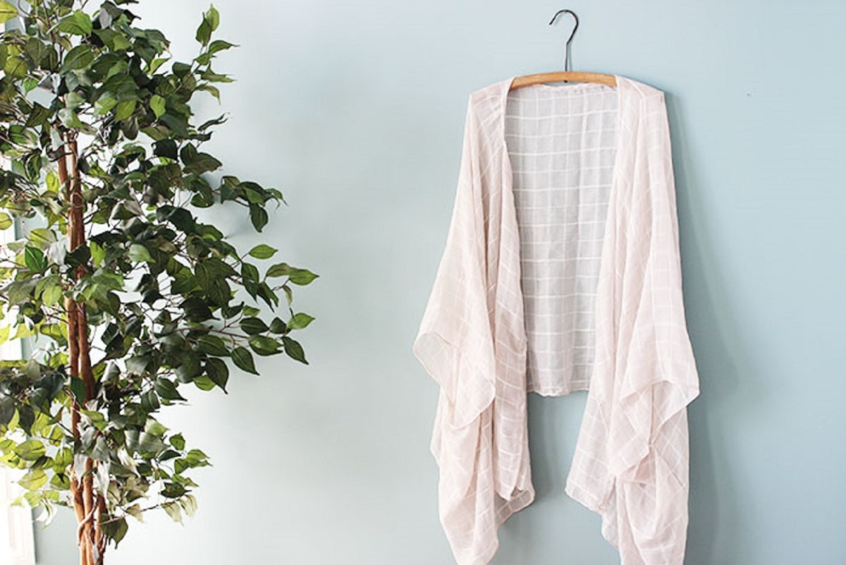 Kimono from a scarf DIY Uncomplicated Kimono Ideas Where Everyone Can Make It