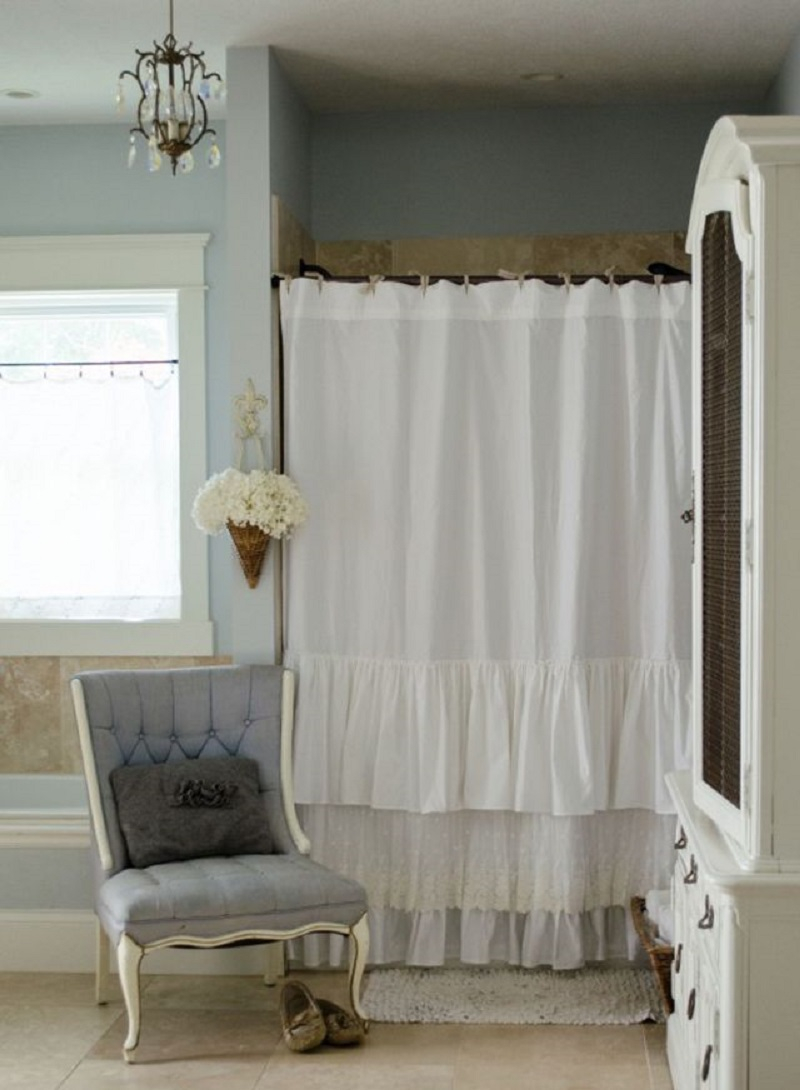 Shabby chic shower curtain with ruffles and lace DIY Charming Shower Curtains To Show Your Stylish Bathroom