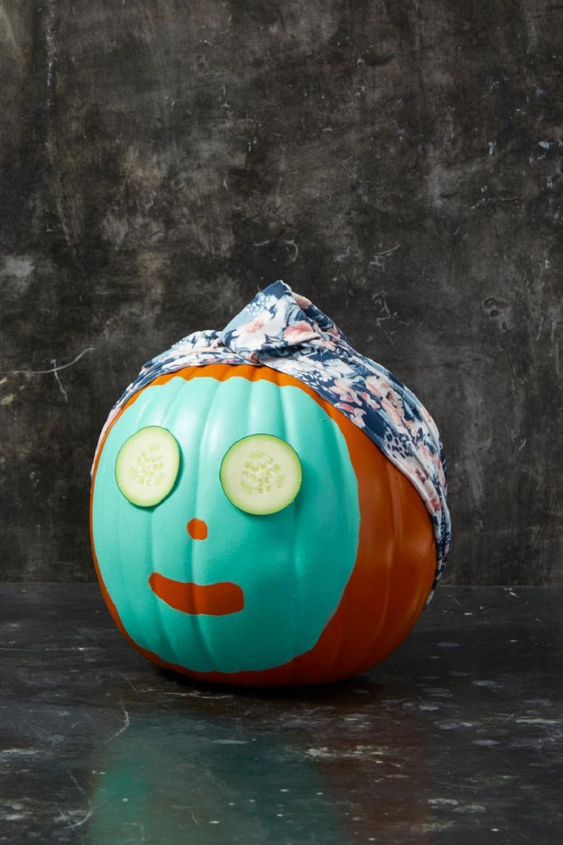Spa pumpkin Festive DIY No-Carve Pumpkins Ideas That Are Easy To Copy For This Halloween