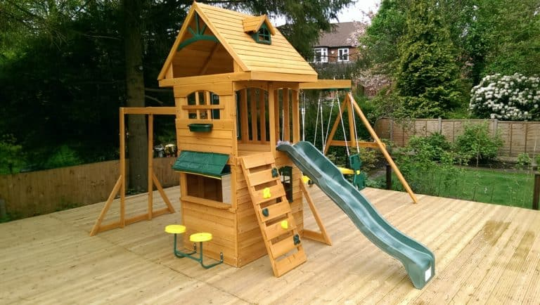 Climbing frame ideas DIY Garden Ideas To Serve A Playhouse For Your Family Member