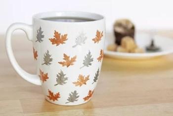 Stencil leaves mug