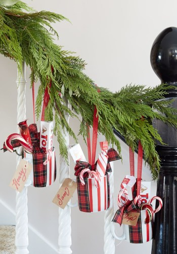 Christmas decorations with mugs