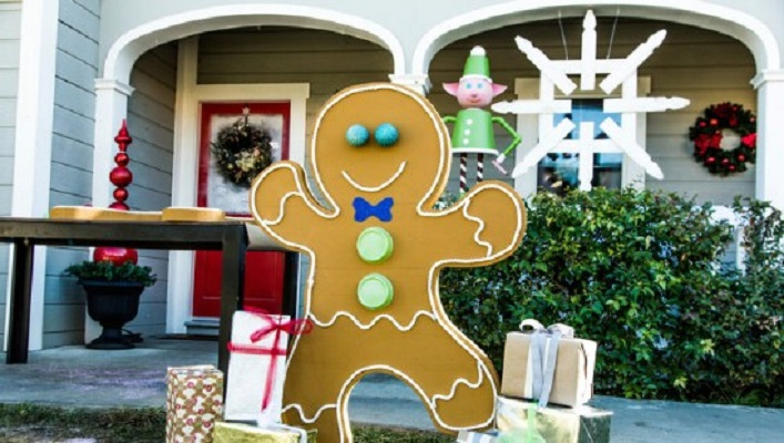 Diy gingerbread man Homemade Outdoor Decoration Ideas To Complete Your Christmas Celebration