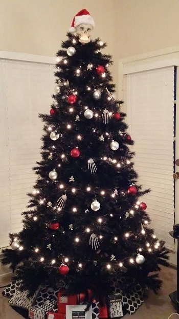 Halloween christmas tree DIY Unexpectedly Black Christmas Tree Ideas For A Twist On Tradition