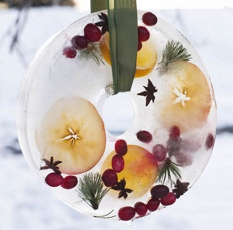 Winter ice wreath Conspicuous DIY Christmas Wreaths To Offer You A Captivating Decoration