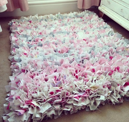 Winter old bedding rug DIY Easy To Copy Plus Low Budget Rug Ideas To Warm You Up This Winter