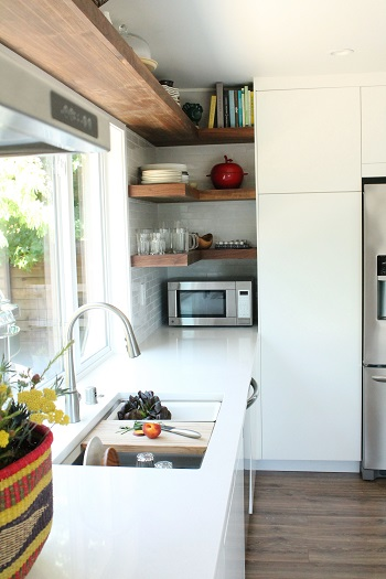 Open shelving work in a corner space Easiest And Effective Ways To Do To Update Kitchen Shelving Design You Should Know