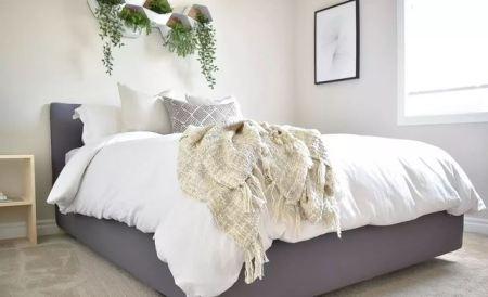 Diy upholstered metal bedframe