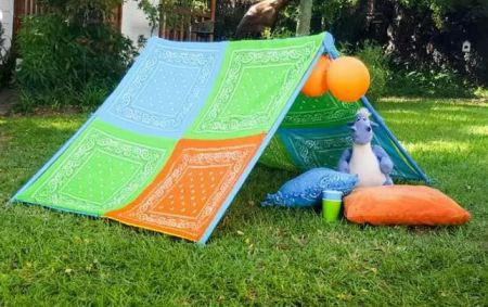 Patchwork tent for kids