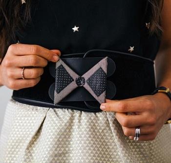 Glitzy interchangeable belt DIY Splendid Belt Ideas To Amaze Your Daily Outfit