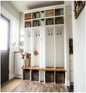 Renovated farRenovated farmhouse style mudroom DIY Inevitable Mudroom Ideas To Have An Instant Spare Roommhouse style mudroom DIY Inevitable Mudroom Ideas To Have An Instant Spare Room