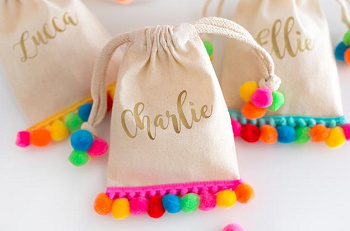 DIY Pom Pom Project Ideas For Magical Look