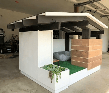 Mid-century modern DIY Highly Striking And Safety Cat House Ideas