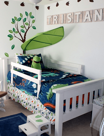 Bed with magical leaf canopy and rails DIY Toddler Bedroom Ideas For More Comfortable Spot