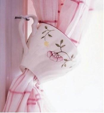 Curtain tiebacks from teacup