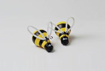 Cute diy bumblebees