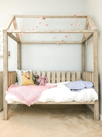 Cute house bed with wooden fence DIY Toddler Bedroom Ideas For More Comfortable Spot