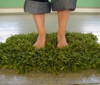 Diy crochet faux grass rug