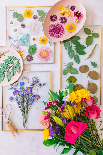 Pressed flower art Most Wanted DIY Wall Decor Ideas To Beat Your Blank Walls For Good