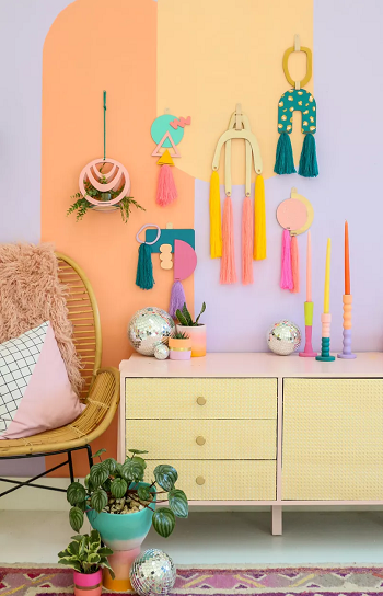 Pretty yarn wall hanging Most Wanted DIY Wall Decor Ideas To Beat Your Blank Walls For Good