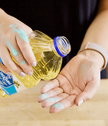 Remove paint from hands Surprisingly Practical Ways You Can Do With Vegetable Oil