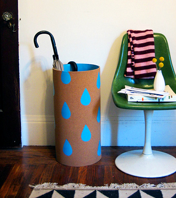 Cute sonotube umbrella stand DIY Aesthetic Umbrella Stand Ideas To Create Yourself For Hallway