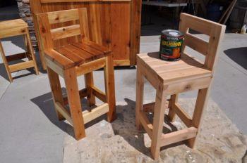 Easy wooden bar stools