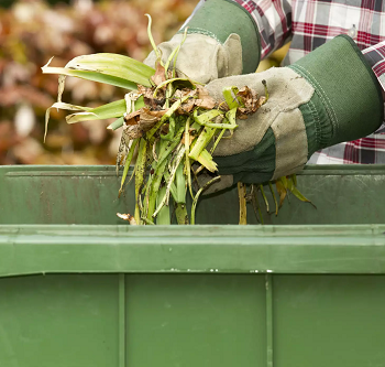 Trash can compost bin DIY Compost Bin Plans You Can Do For Your Garden