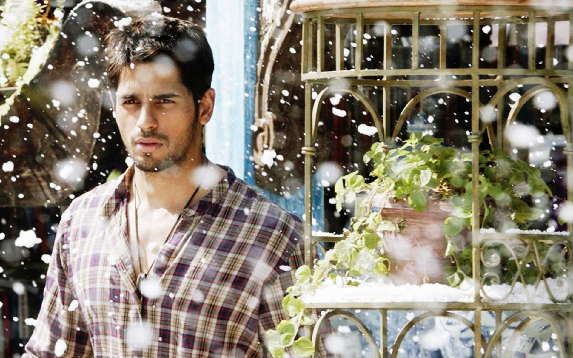 Sidharth Malhotra Photo Gallery