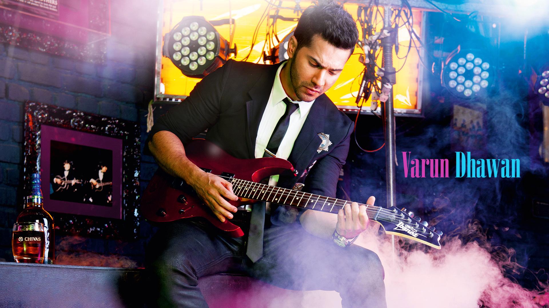 Latest Photos of Varun Dhawan