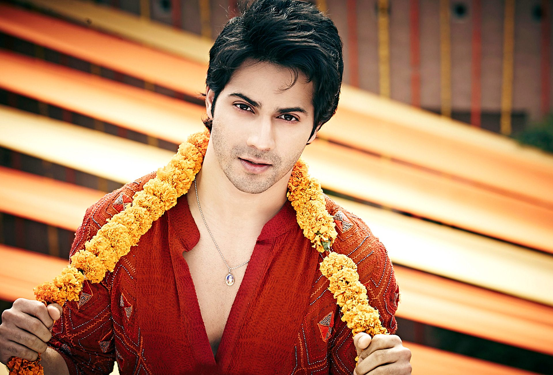 Varun Dhawan HD Photos
