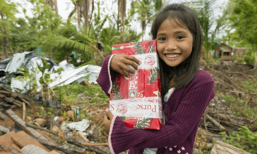Idaho boy sent shoebox to 'Christmas Child' in Philippines, 14 years later they wed