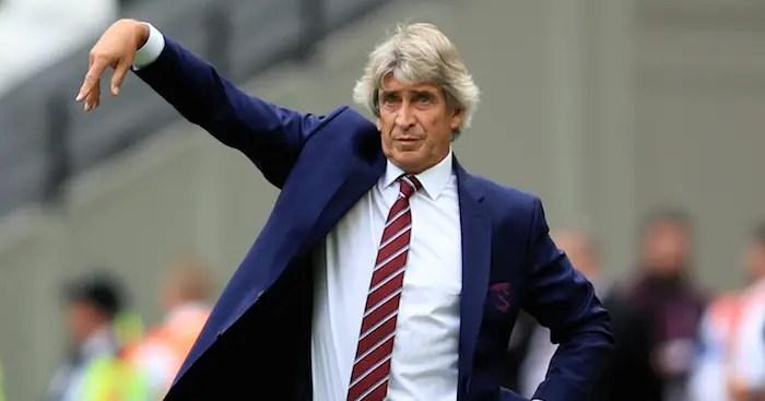Manuel Pellegrini entame sa deuxième saison sur le banc de West Ham (Crédits : TeamTalk)