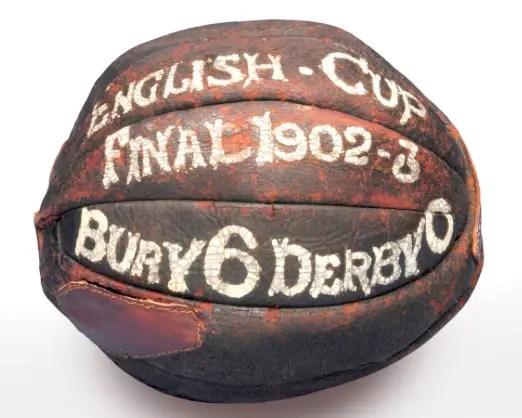 Ballon du match de la finale de FA Cup 1903 remportée par Bury