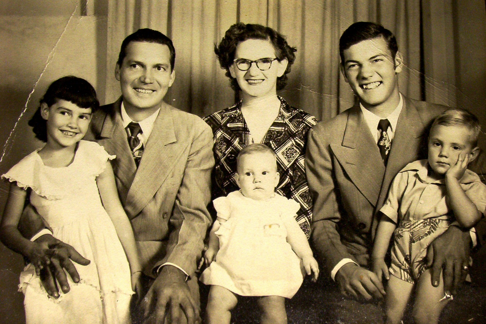 Robert Boyd Family (Dan, 17 years old is on the right)