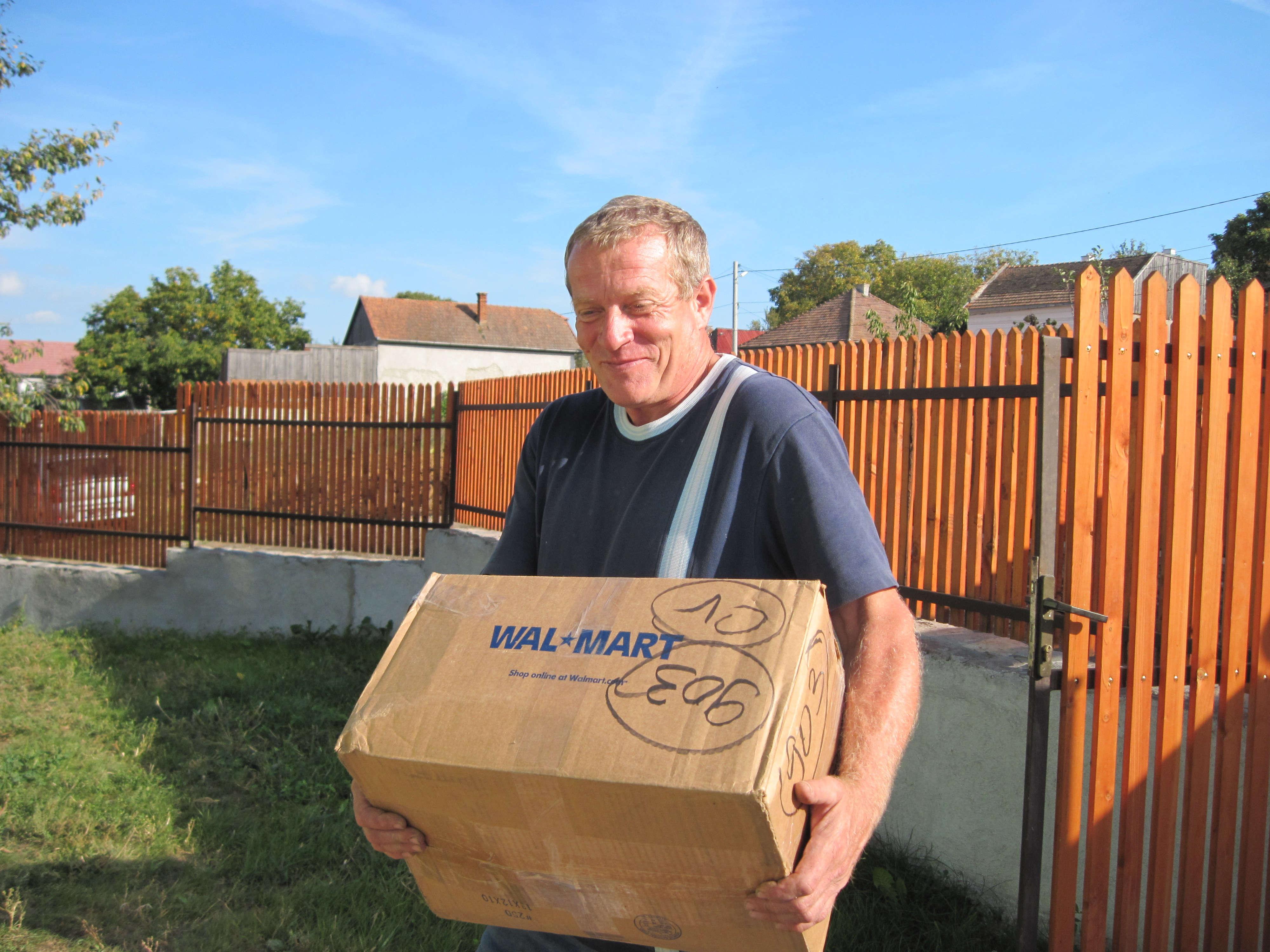 Gusti (Hungarian for Gus), builder and former owner of my house, helped me move in Oct. 1, '09