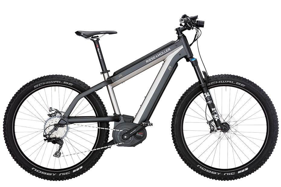 18_supercharger_mountain-pro_46_electric-silver_2630