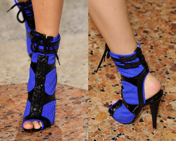 Emilio-Pucci4-Los-Mejores-Bolsos-y-Zapatos-Primavera-Verano2014-Milan-Fashion-Week-godustyle