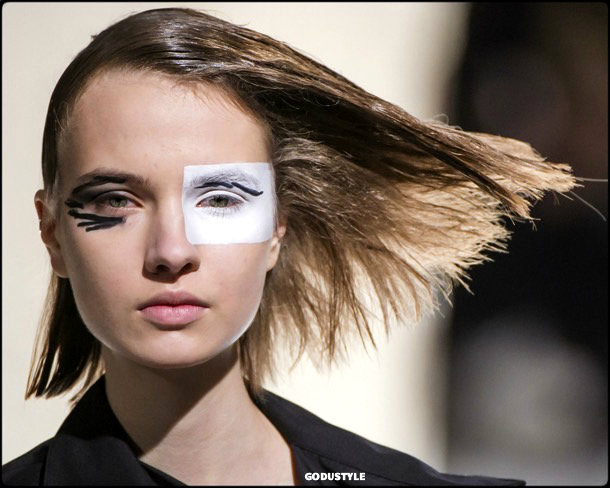 beauty, looks, yohji yamamoto, fall 2018, trends, pfw, belleza, invierno 2019, tendencias, looks, style