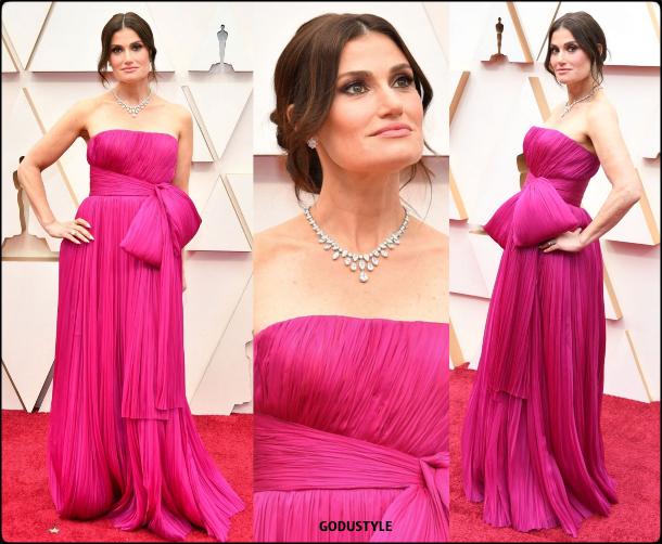 idina-menzel-oscar-2020-fashion-look-style-details-red-carpet-moda-celebrities-godustyle