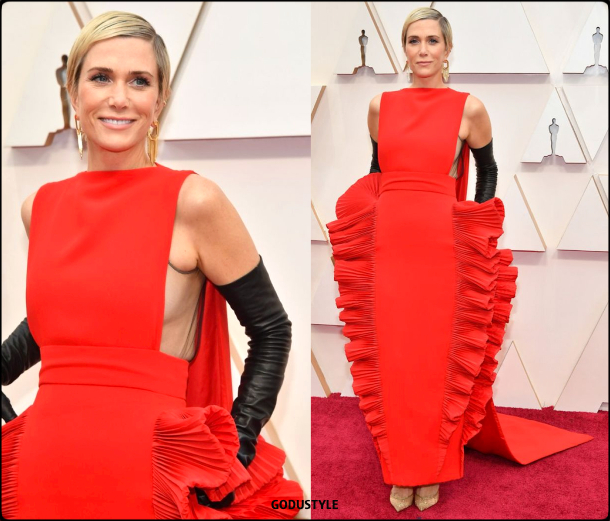 kristen-wiig-oscar-2020-fashion-look-style-details-red-carpet-moda-celebrities-godustyle