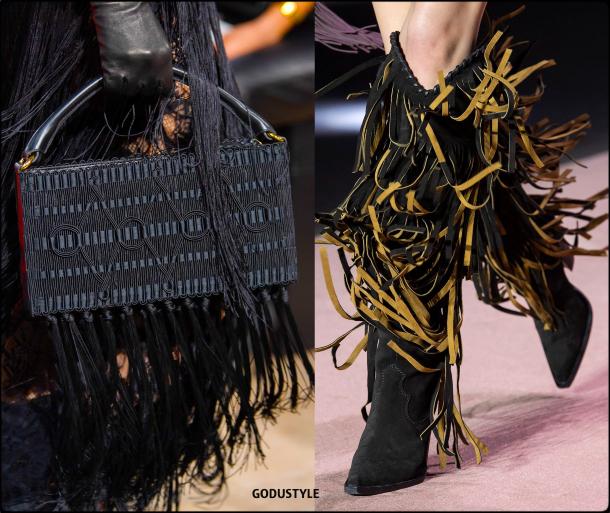 fashion, fringe, accessories, shoes, fall, winter, 2020, 2021, trend, look, style, details, moda, tendencias, otoño, invierno, flecos, accesorios, bolsos, zapatos
