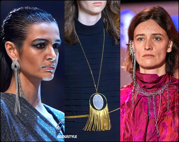 fringe-jewelry-winter-2020-2021-trend-look-style-details-flecos-tendencias-moda-invierno-godustyle
