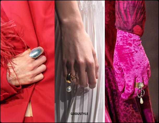 jewelry, fashion, pearl, ring, trend, fall, 2020, winter, 2021, look, style, details, luxury, runway, design, inspiration, moda, joyas, perlas, anillo, tendencias, otoño, invierno