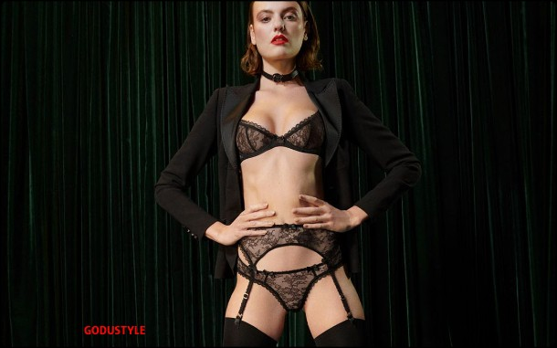 agent-provocateur-fashion-lingerie-holiday-2020-look-style10-details-shopping-lenceria-moda-godustyle