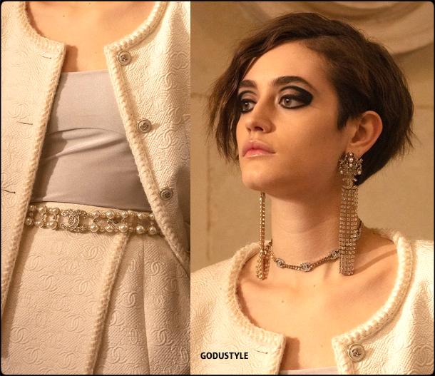 chanel-pre-fall-2021-metiers-d-art-jewelry-accessories-beauty-look5-style-details-moda-godustyle
