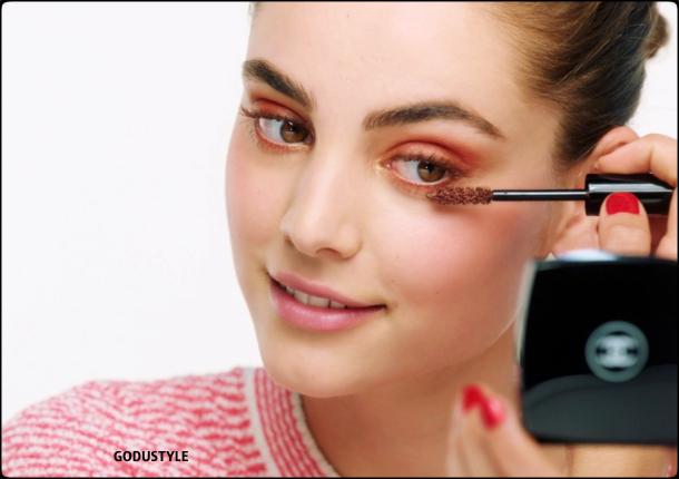 chanel-fleurs-de-printemps-spring-2021-makeup-look-style8-details-shopping-maquillaje-primavera-godustyle