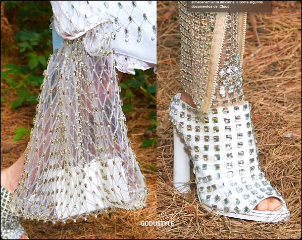 fishnet-fashion-shoes-bags-spring-summer-2021-trend-look-style-details-moda-tendencias-verano-godustyle