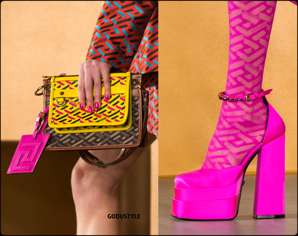 versace-fall-2021-winter-2022-fashion-shoes-bags-look14-style-details-accessories-review-moda-invierno-godustyle