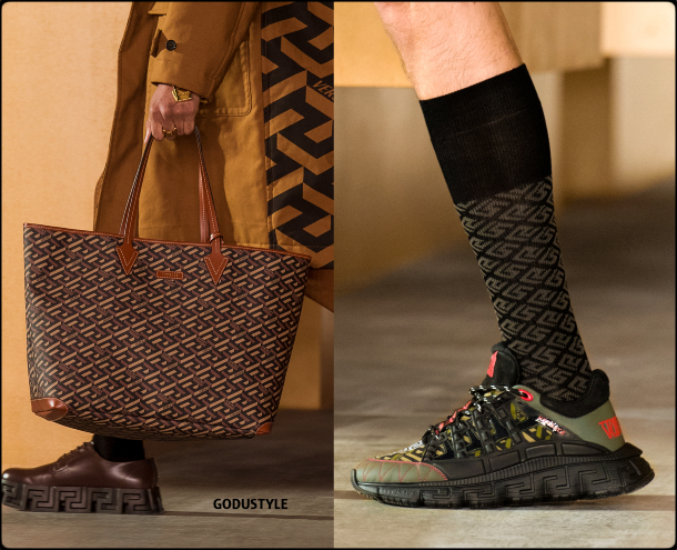 versace-fall-2021-winter-2022-fashion-shoes-bags-look25-style-details-accessories-review-moda-invierno-godustyle